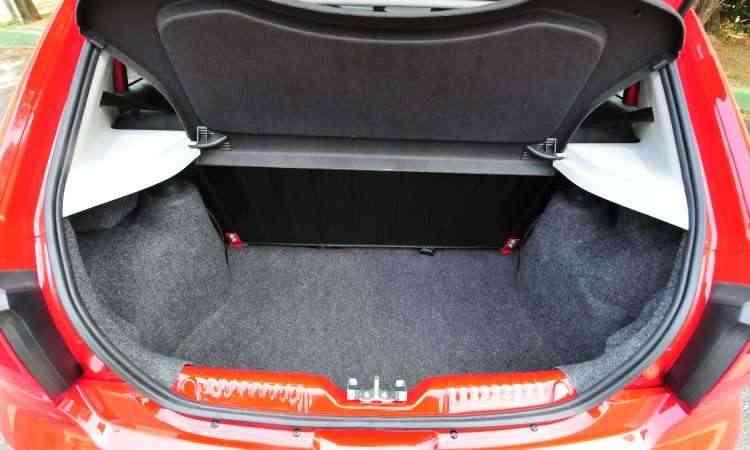 Na média dos concorrentes, porta-malas tem volume de 285 litros - Gladyston Rodrigues/EM/D.A Press