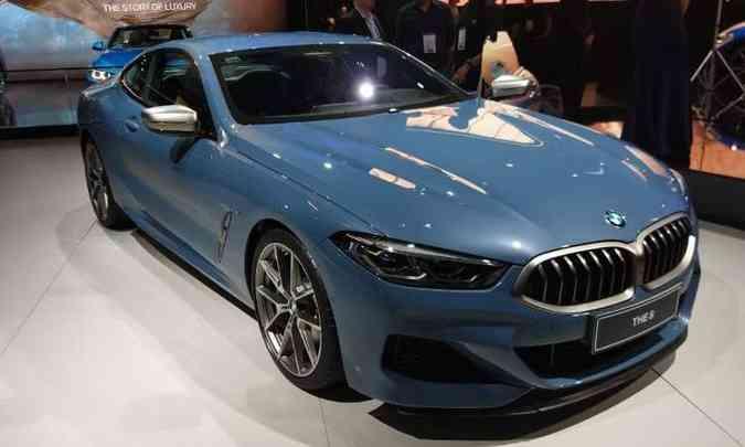 Após 20 anos, a BMW Série 8 volta a ocupar o topo da linha(foto: Pedro Cerqueira/EM/D.A Press)