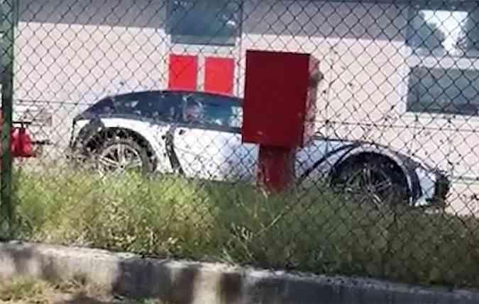 Prototipo do Purosangue foi flagrado em vídeo(foto: Supercar News/YouTube)