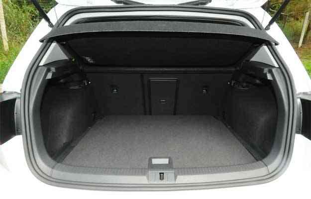Porta-malas de bom tamanho para as dimensões do hatch  - Euler Júnior/EM/D.A Press