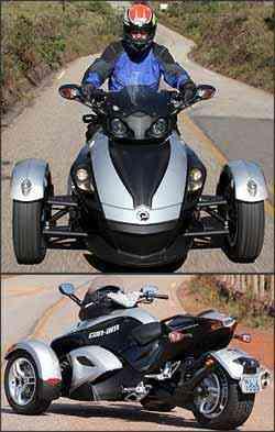 Os freios, a disco nas três rodas, estão equipados com sistema ABS -