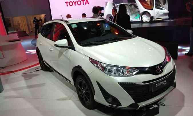 Versão descolada do Toyota Yaris recebe o nome de X Way, além de adereços(foto: Pedro Cerqueira/EM/D.A Press)