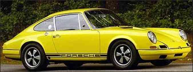Protótipo do 911R pode ser identificado pelo desenho original dos pára-choques(foto: Fotos: Simon Clay/Christies/Divulgação)