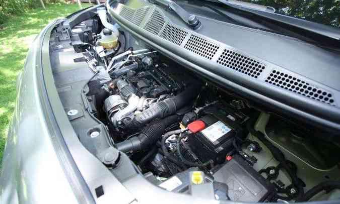 Destaque do motor 1.6 a diesel, com turbina de geometria variável, é o torque de 30kgfm(foto: Edésio Ferreira/EM/D.A Press)