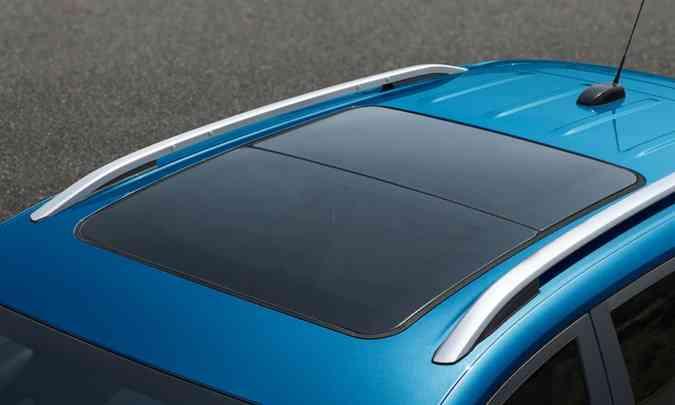 Teto solar panorâmico elétrico somente para a versão de topo(foto: Chevrolet/Divulgação)