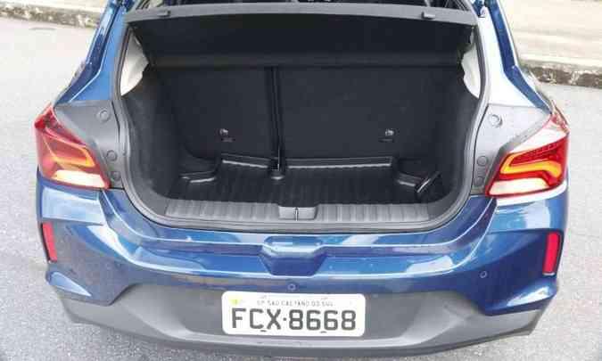 Porta-malas perdeu 14 litros em relação à primeira geração(foto: Adriano Sant'ana/EM/D.A Press)