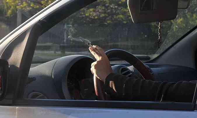 Soluções simples, como uso de café, carvão ou frutas cítricas, podem remover odores do automóvel(foto: Marcos Michelin/EM/D.A Press - 10/10/2013)