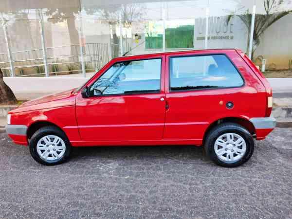 Fiat Uno Mille 1.0 Fire/ F.flex/ Economy 2p 2013 R$ 19.700,00 MG VRUM