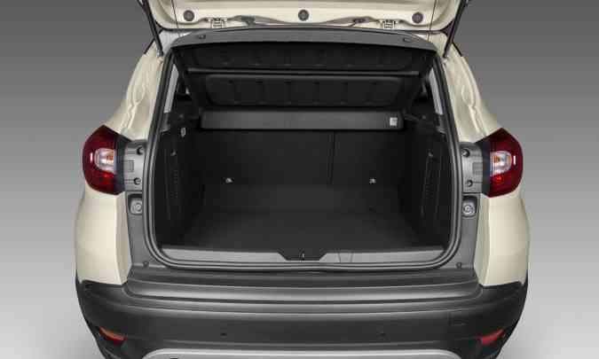 Porta-malas é espaçoso, com 437 litros de volume(foto: Renault/Divulgação)