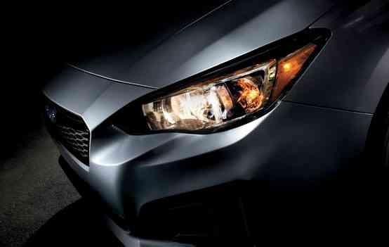 Com novos farois alongados e mais proeminência na grade, Subaru revela primeira foto do Impreza - Divulgação
