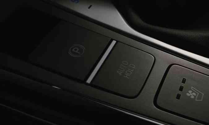 O modelo terá freio de estacionamento eletrônico, auto hold e ventilação nos bancos dianteiros (foto: Hyundai/Divulgação)