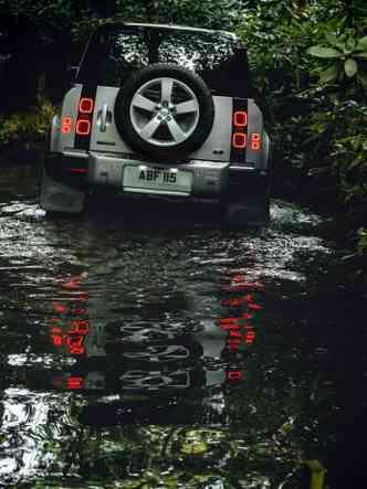 Lanternas são em LED(foto: Land Rover/Divulgação)