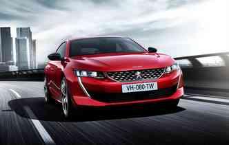 Segunda geração do 508 diminuiu em altura e comprimento. Foto: Peugeot / Divulgação