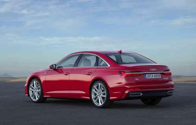 Tecnologia MHEV é capaz de reduzir o consumo de combustível em até 0,7 litro a cada 100 km rodados. Foto: Audi / Divulgação -