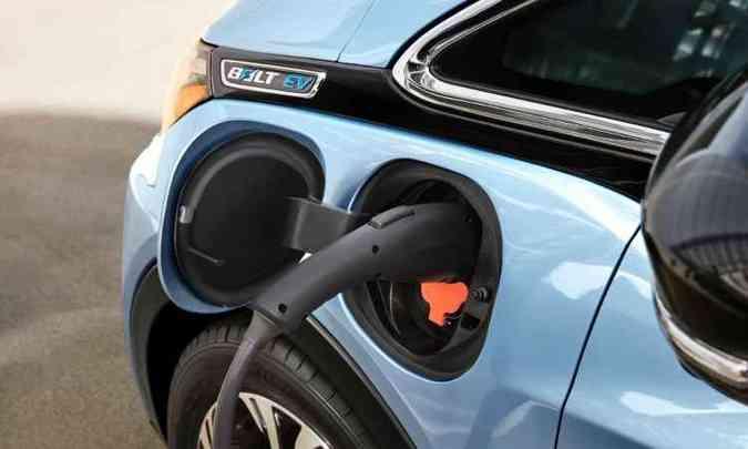 Recarga de 80% das baterias pode ser feita em 45 minutos(foto: Chevrolet/Divulgação)