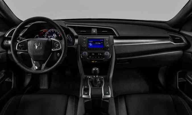 Versão Sport traz airbags frontais, laterais e de cortina, piloto automático e ar-condicionado digital (foto: Honda/Divulgação)