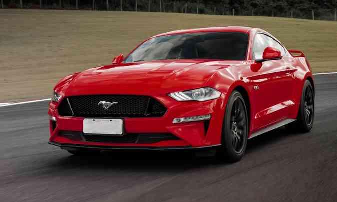 Entre os esportivos, o Ford Mustang vendeu mais do que o dobro do Chevrolet Camaro(foto: Ford/Divulgação)