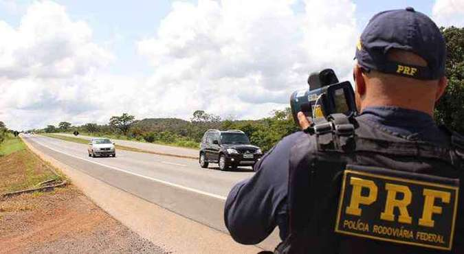 O acordo ocorreu após duas ações ajuizadas contra o DNIT e a União para a permanência dos radares nas Rodovias Federais. Foto: PRF/Divulgação(foto: Foto: PRF/Divulgação)