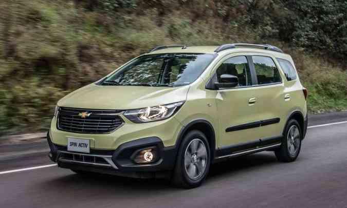 A frente do modelo ganhou faróis afilados e grade mais estreita, seguindo o estilo da marca (foto: Chevrolet/Divulgação)