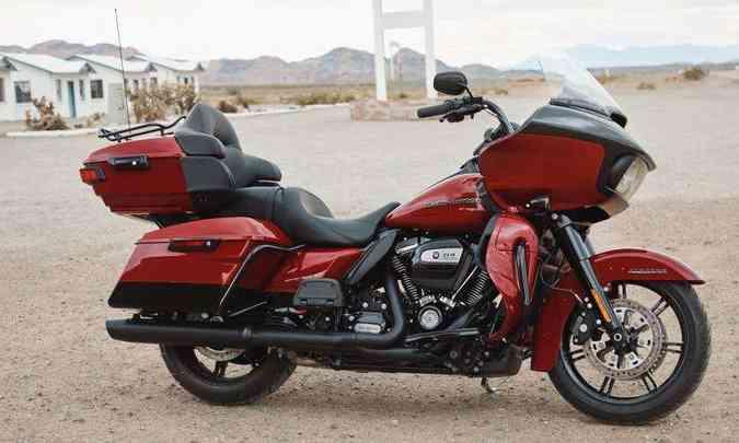 O motor de dois cilindros em linha e 1.868cm³ tem controle de tração(foto: Harley-Davidson/Divulgação)