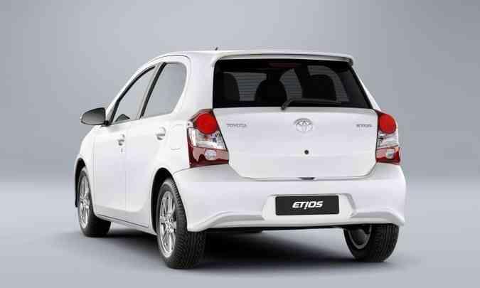 No acumulado de 2020, foram emplacadas 8.699 unidades do Etios hatch...(foto: Toyota/Divulgação)