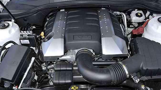O V8 6.2, de 406cv, esbanja disposição(foto: Juarez Rodrigues/EM/D.A Press)