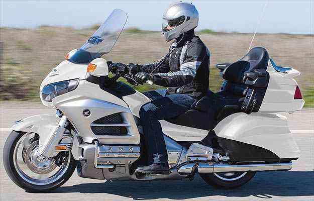 Novo desenho das bolsas aumentou a capacidade de carga - Honda/Divulgacao