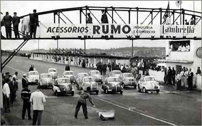 Para divulgar a Romi-Isetta, foi realizada uma corrida em Interlagos