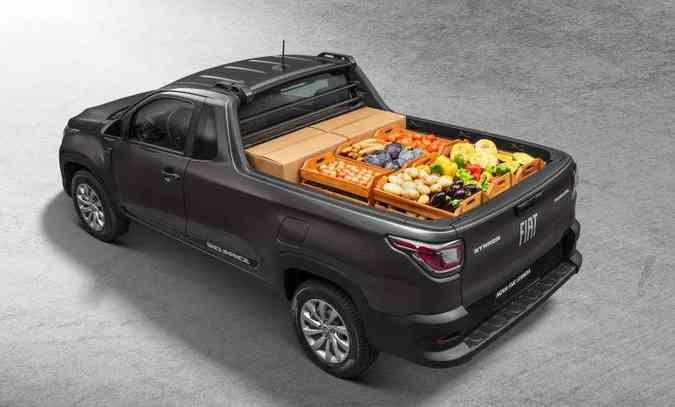 Já a caçamba tem volume de 1.354 litros e capacidade total de carga de 720 quilos, considerando dois ocupantes e a carga(foto: Fiat/Divulgação)