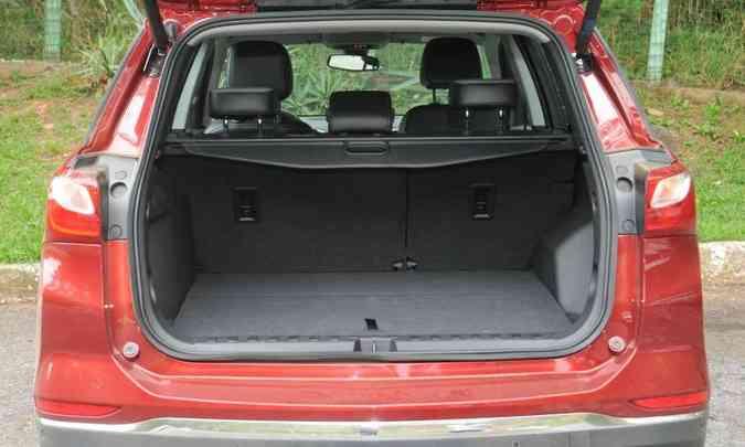 Um dos destaques do Chevrolet Equinox é o volume do porta-malas, de 468 litros(foto: Chevrolet/Divulgação)
