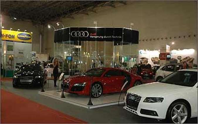 A Audi apresentou em primeira mão o R8 5.2 FSI, um bólido de 525 cv e R$ 696.500