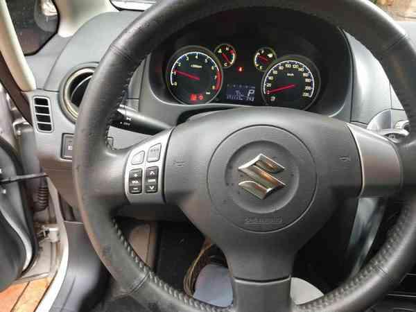 Suzuki Sx4 2.0 16v 145cv 4wd 5p Aut. 2012 R$ 28.000,00 MG VRUM