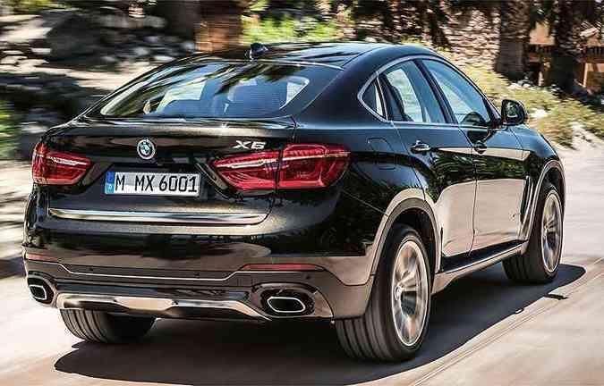 X6 xDrive35i conta com motor BMW Twin Power Turbo de 6 cilindros em linha e 306 cavalos (foto: BMW/Divulgação)