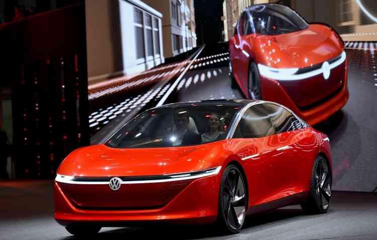 Volkswagen I.D. mostra o futuro dos carro autônomos, sem volante e sem pedais. Foto: Fabrice Conffrini / AFP -