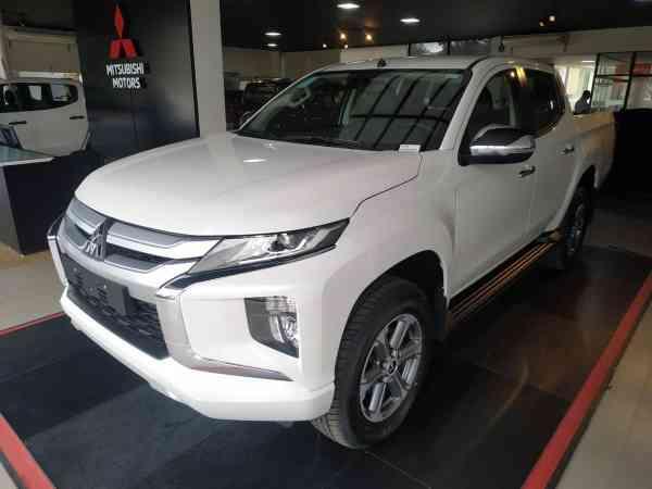 Mitsubishi L200 Triton Sport Hpe Aut 2.4 Diesel 2022 R$ 254.990,00 MG VRUM