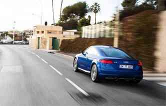 Nova geração tem linhas mais retilíneas, mas manteve a personalidade(foto: Audi/Divulgação)