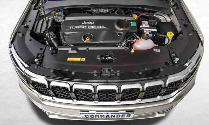 O motor 2.0 turbodiesel mantém a potência de 170cv, mas o torque subiu para 38,7kgfm(foto: Jeep/Divulgação)