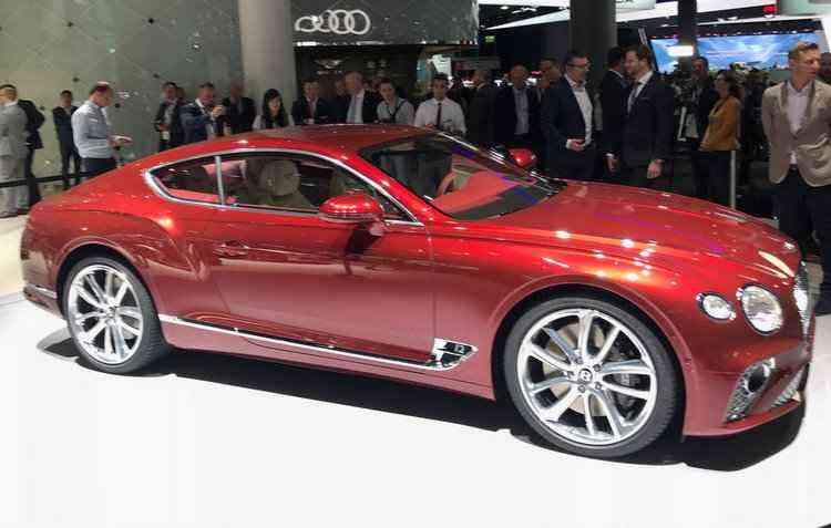 GT tem motor de 12 cilindros, além de caixa de dupla embreagem de oito velocidades  - Jorge Moraes / DP
