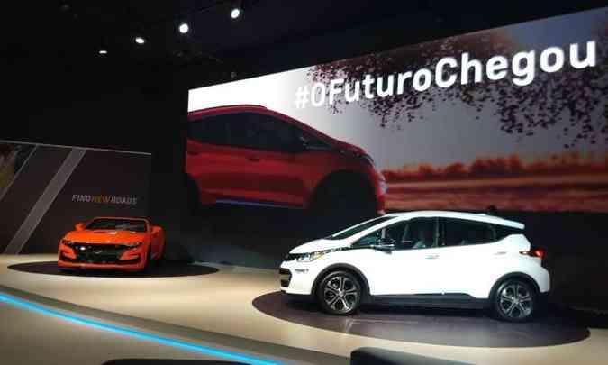 Chevrolet Camaro SS e o elétrico Bolt(foto: Pedro Cerqueira/EM/D.A Press)
