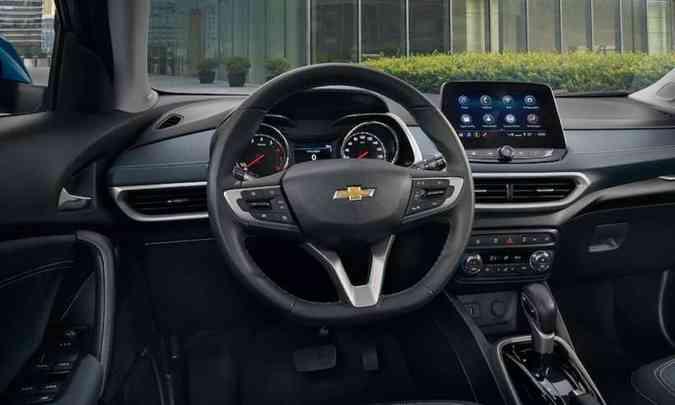 O acabamento interno ganhou materiais de melhor qualidade e o painel tem novo desenho(foto: Chevrolet/Divulgação)