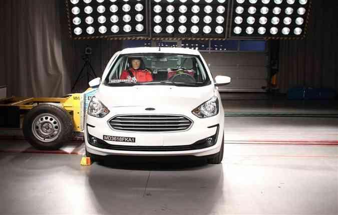 O Ford Ka também teve que superar os resultados negativos para melhorar a pontuação(foto: Latin NCAP/Divulgação))