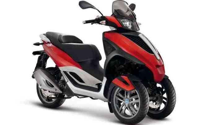 MP3 Yourban LT Sport: agilidade mantida com três rodas(foto: Piaggio/Divulgação)