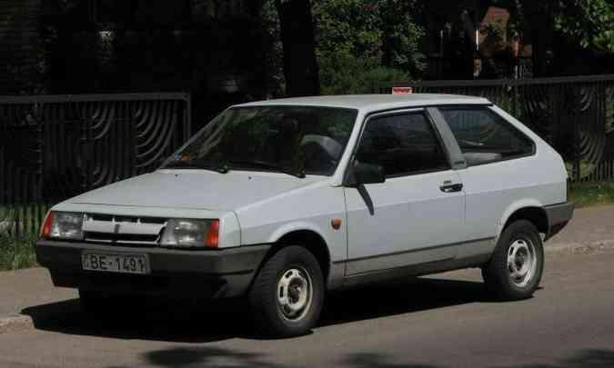 Com concepção mais atual, Lada Samara foi lançado em 1984(foto: Reprodução/Wikimedia.org)