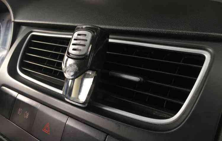 Aromatizantes tornam o veículo mais agradável - Thamires Lima/Esp. DP