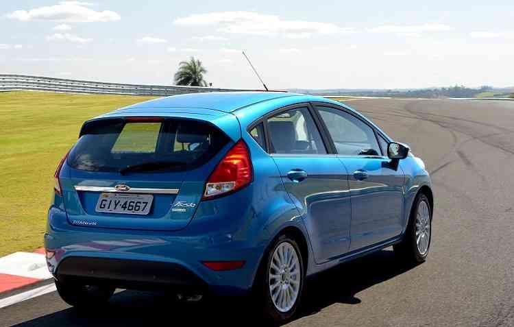 Nova geração de design do New Fiesta foi apresentada em 2002. Foto: Ford / Divulgação -