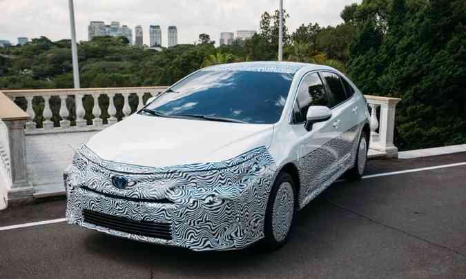 Nova geração do Toyota Corolla brasileiro terá versão híbrida flex, a primeira do mundo(foto: Toyota/Divulgação)