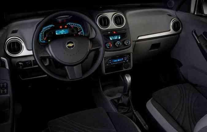 O interior do hatch não sofreu alterações com a reestilização(foto: Chevrolet/Divulgação)