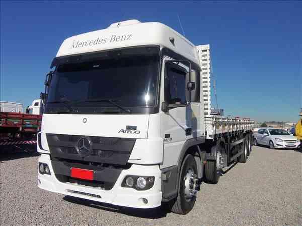 Mercedes-benz Atego 2430 6x2 2p (diesel)(e5) 2014 R$ 100.000,00 MG VRUM