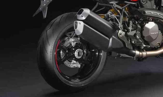 Os freios são Brembo radiais, com sistema ABS de curva(foto: Fotos: Mario Villaescusa/Johanes Duarte/Ducati/Divulgação )