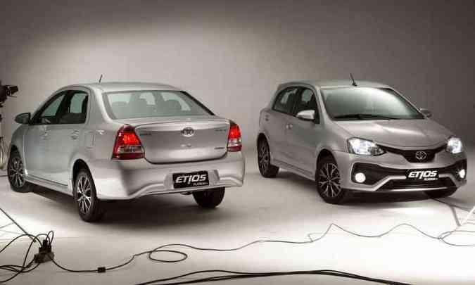 Toyota Etios Platinum sedã e hatch(foto: Malagrine/Toyota/Divulgação)